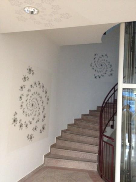 Attractive Treppenhaus Gestalten Mit Tapete Contration Deko Ideen   Treppenhaus  Gestalten Photo Gallery